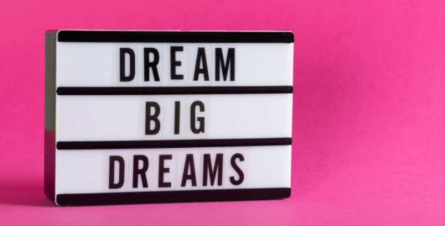 Dream big and take a leap: how I started my copywriting business
